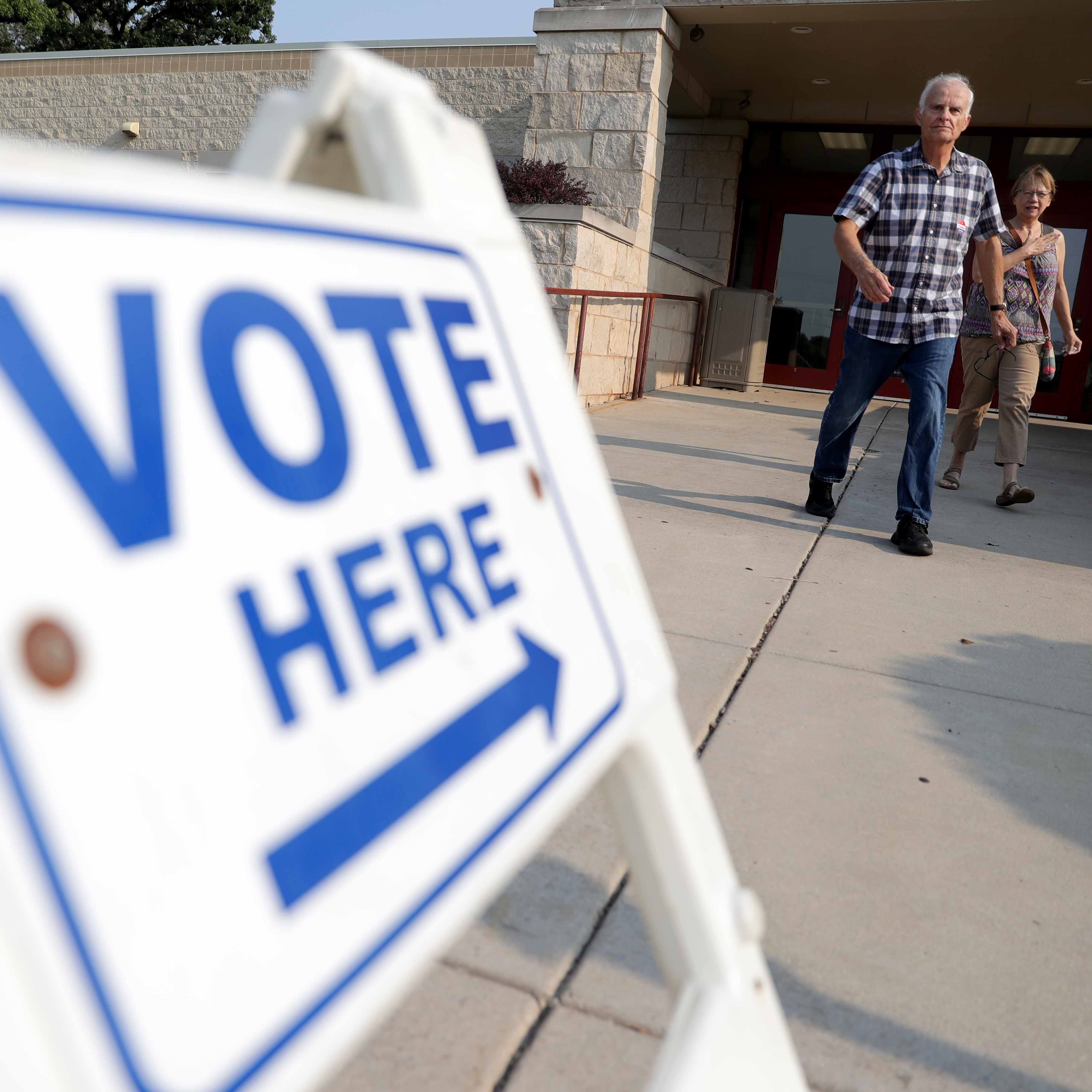 Democrats outdraw Republicans in Wisconsin as Tuesday's primary turnout approaches 1 million