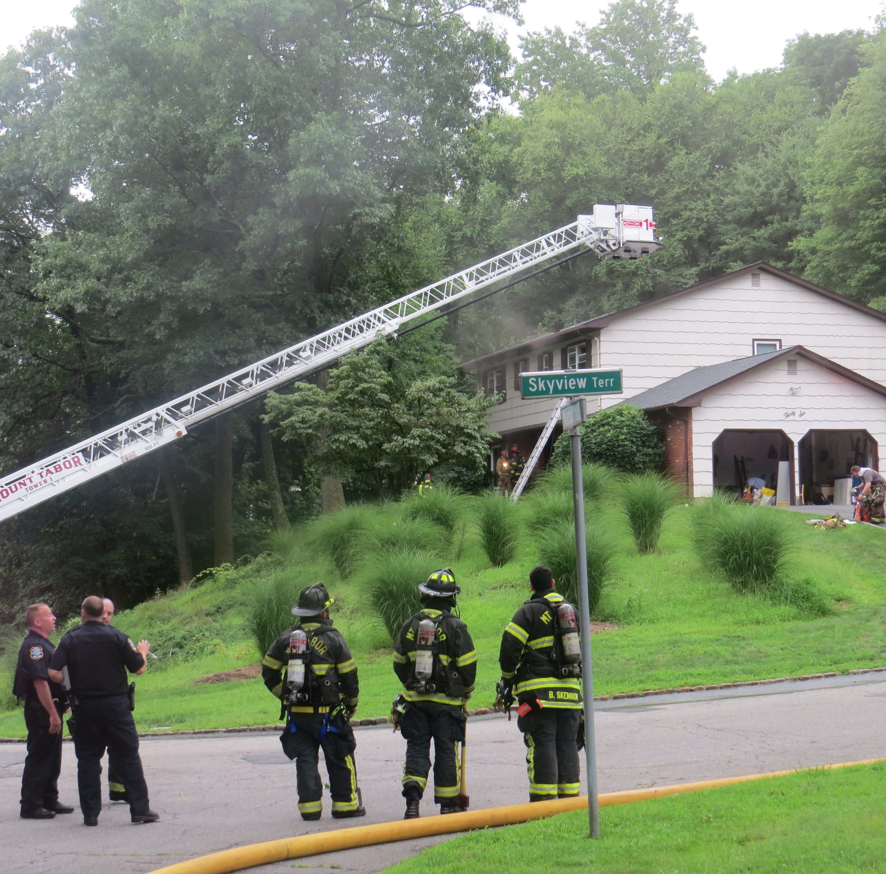 Pregnant mom, family escape Parsippany house fire
