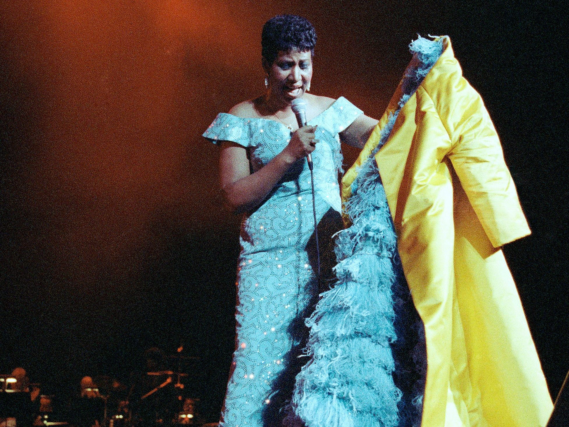Aretha Franklin performs at Radio City Music Hall in New York, July 5, 1989. (AP Photo/Mario Suriani)