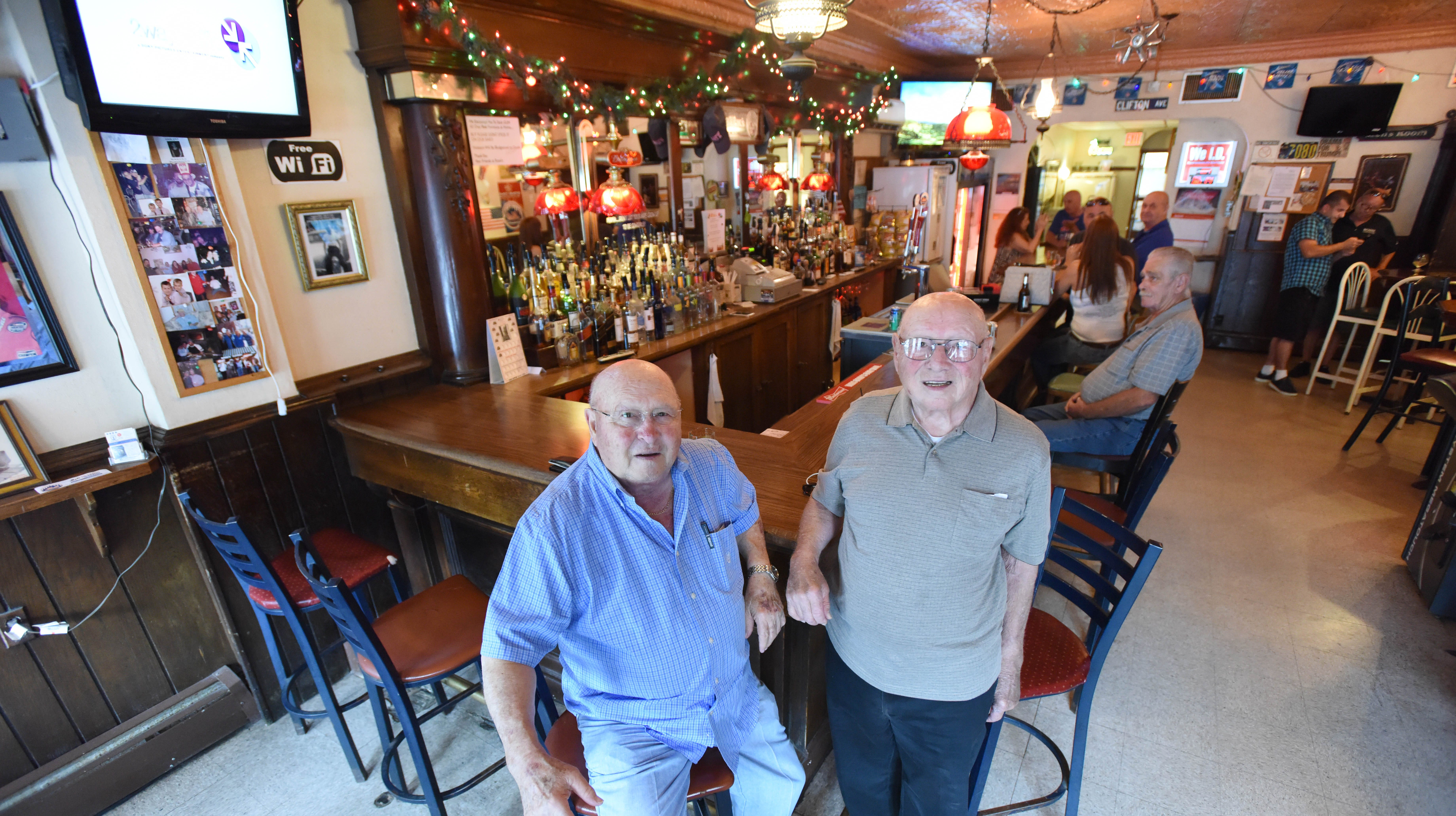 A bit of Clifton's blue-collar history will fade away with closing of Rossi's Tavern