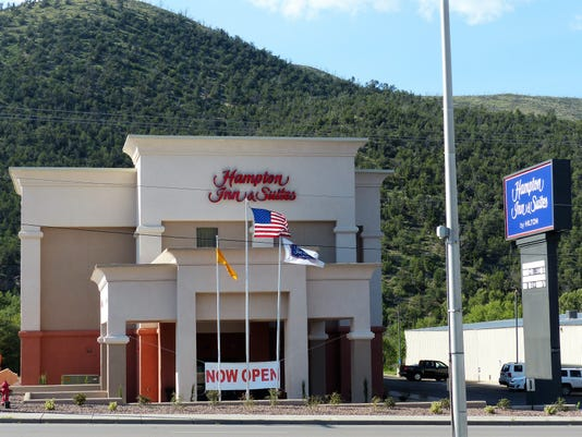 Exterior of Hampton Inn Ruidoso
