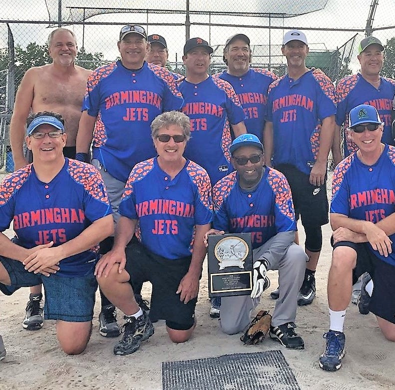 Dominating Jets soar to senior softball championship