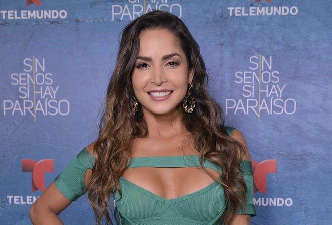 """Carmen Villalobos, protagonista de """"Sin Senos sí hay Paraíso"""" le dio el """"sí"""" a Sebastián Caicedo, vía telefónica."""