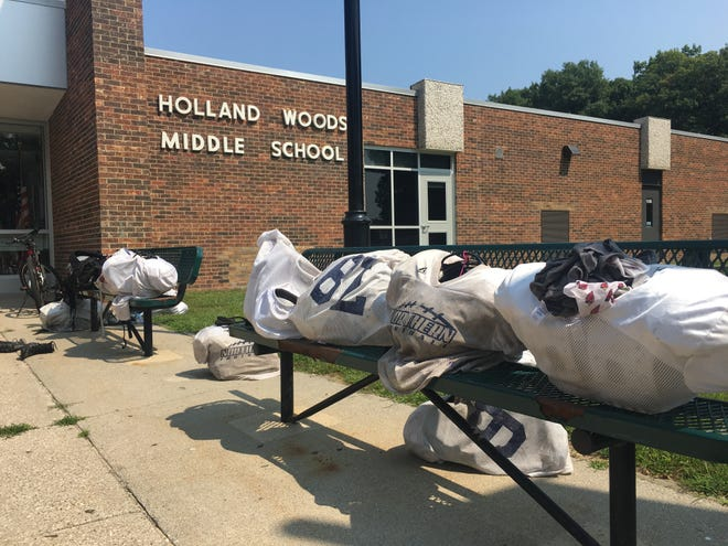 Student athletes gathered at Holland Woods Middle School on Tuesday to do a cognitive benchmark test that could help highlight the affects of any concussions sustained.