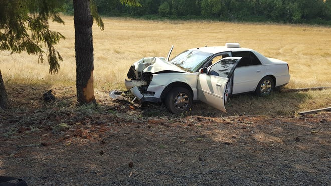 A Monday car crash left a Salem woman dead.