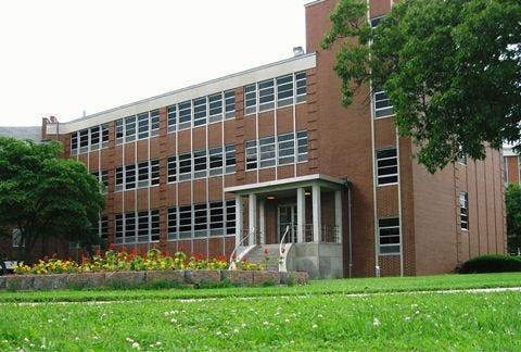 A file photo of the VA clinic in Mt. Vernon.