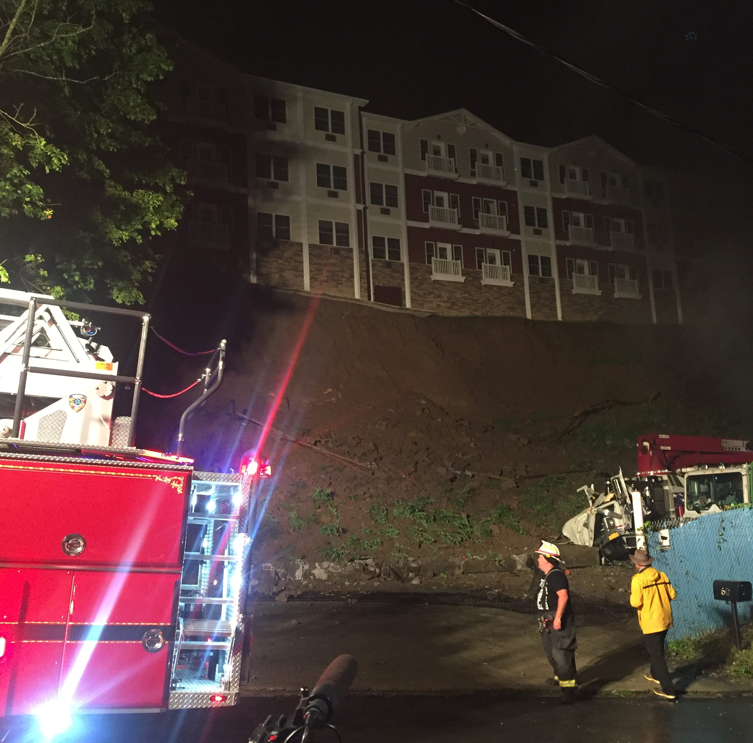 Retaining wall, 40 to 50 feet high, collapses in Ossining