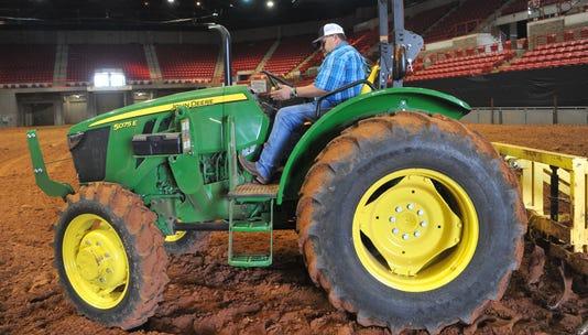 Ranch Roundup Dirt Work 4