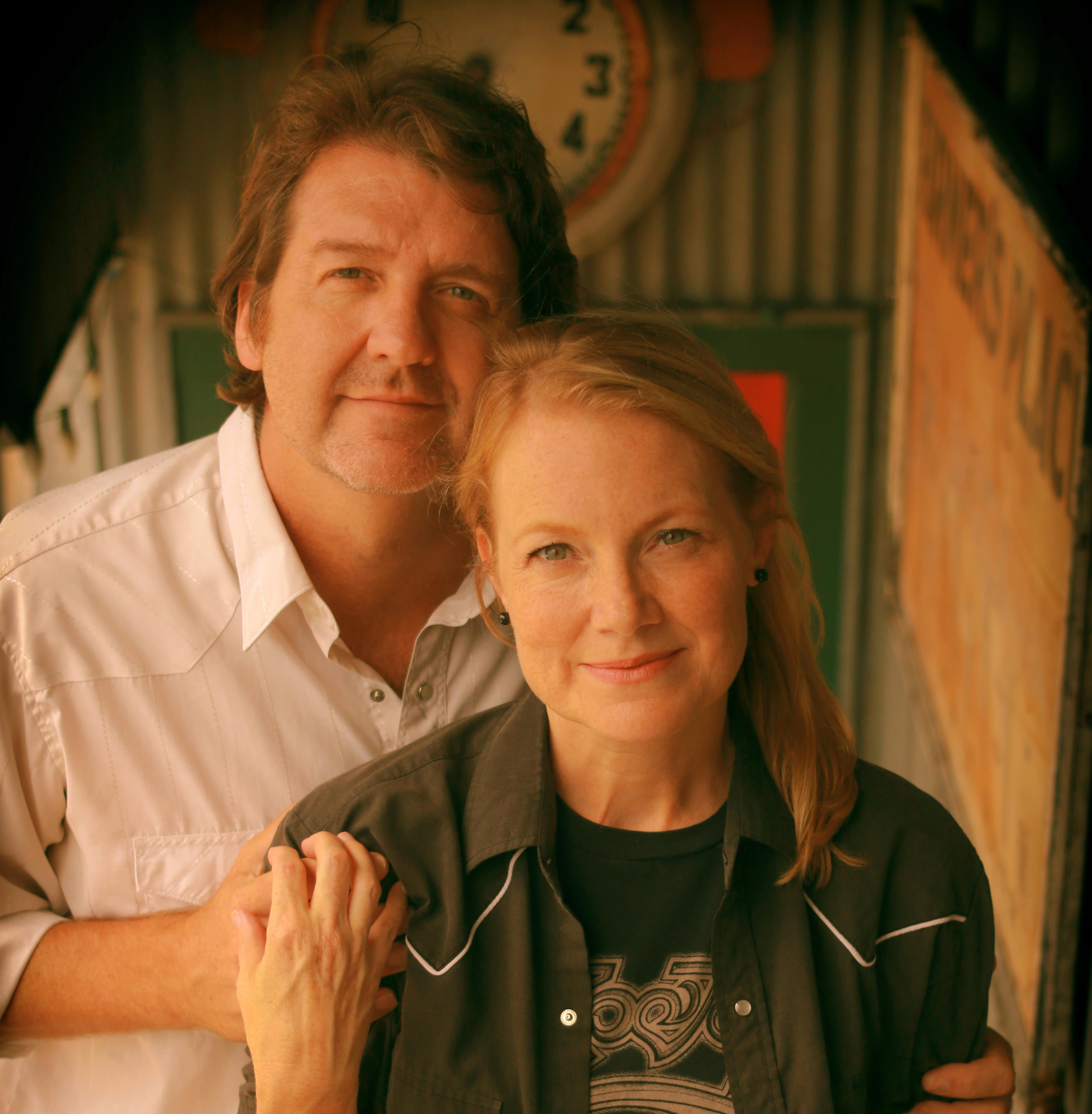 Married couple, Bruce Robison and Kelly Willis, bring their Honky Tonk Tour to Royal Theater