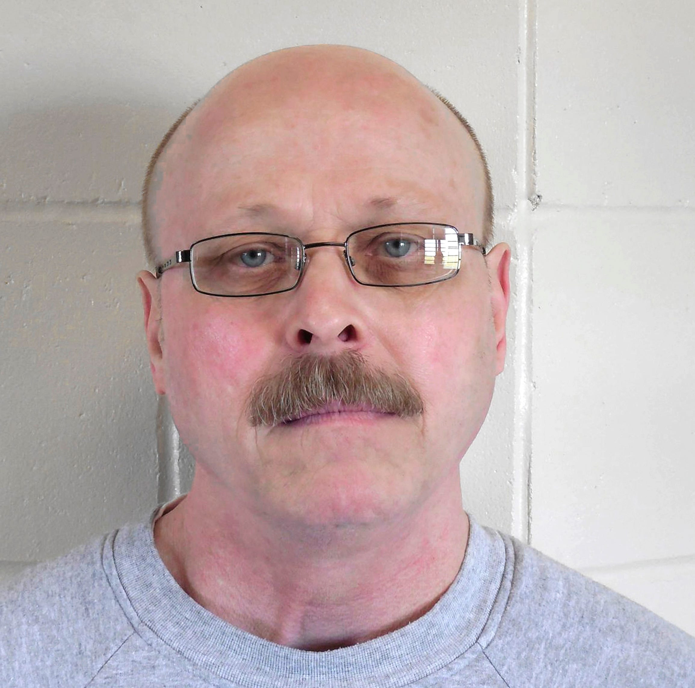 Carey Dean Moore says 'I love you' before dying in Nebraska's first execution by lethal injection using fentanyl