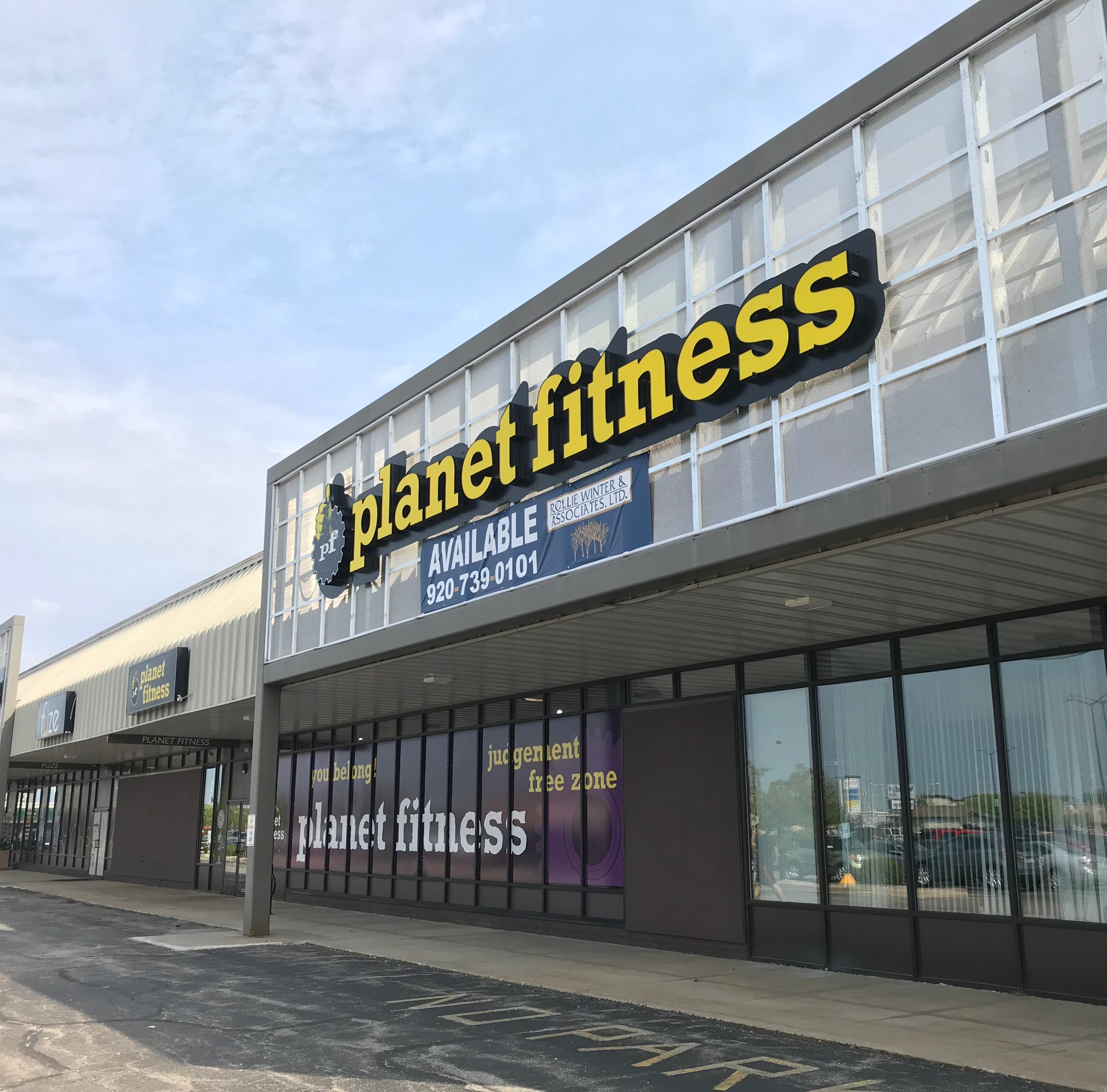 The Buzz: Planet Fitness in Grand Chute to move
