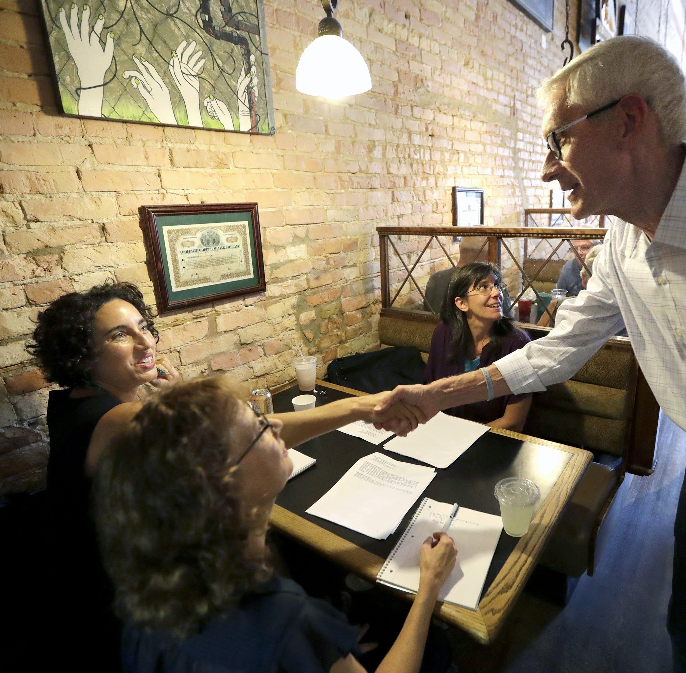 Tony Evers makes campaign swing through Appleton, criticizes Gov. Walker's performance