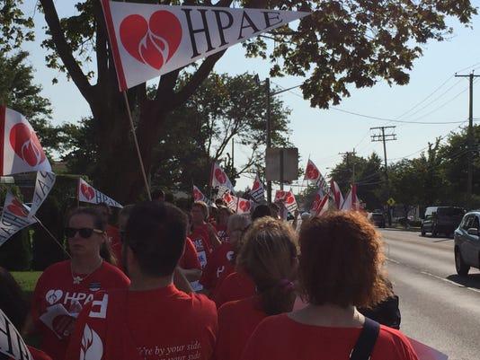 Nurses demonstrate at Jersey Shore hospital