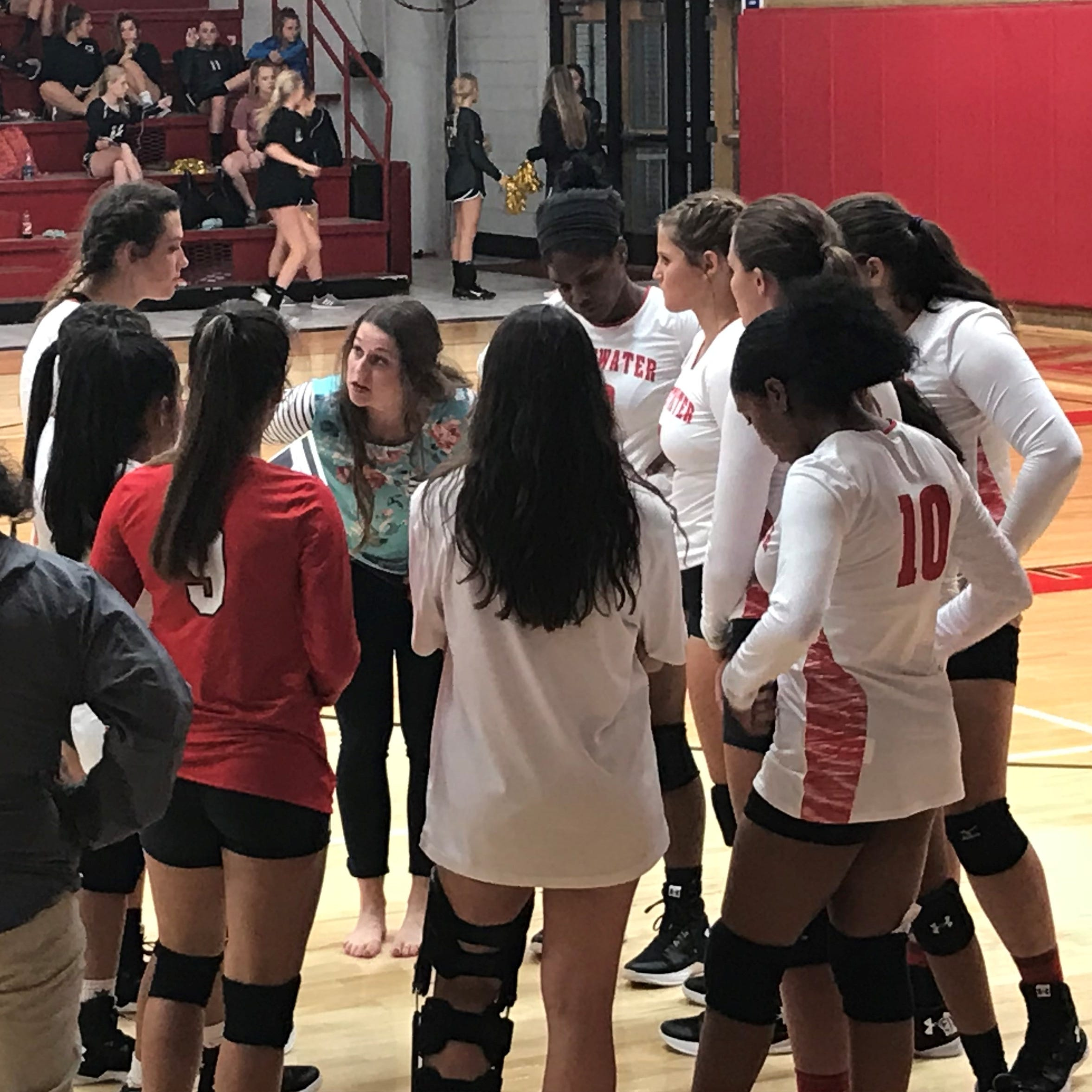Sweetwater volleyball bounces back from 'disastrous' tournament to down Clyde