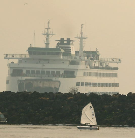 Sailboat Smoke Haze 02