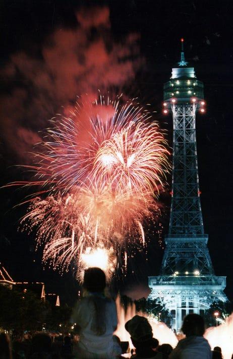 636656088189940989 Ki Eiffel 1 Jpg