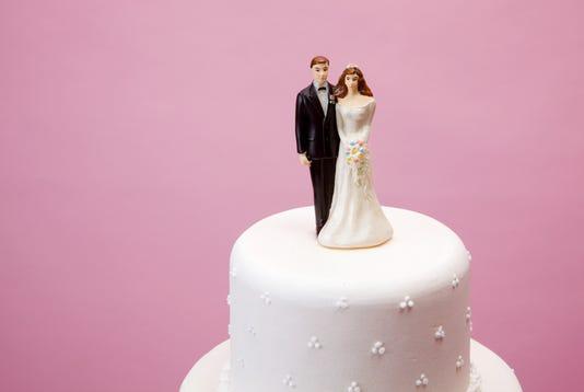 Bride And Groom Figurine
