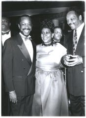 Honoree the Rev. Donald Parson, left, Aretha Franklin and the Rev. Jesse Jackson at the Franklin Scholarship awards ceremony in 1993.