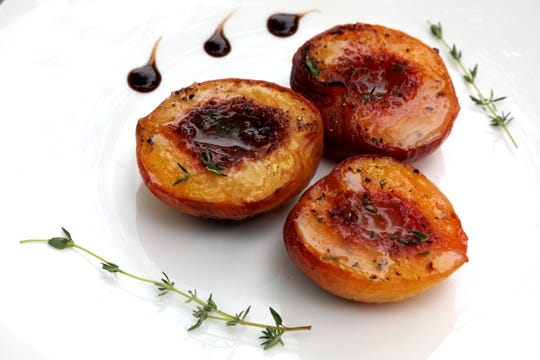 Broiled Honey-Thyme Peaches with Balsamic Glaze.