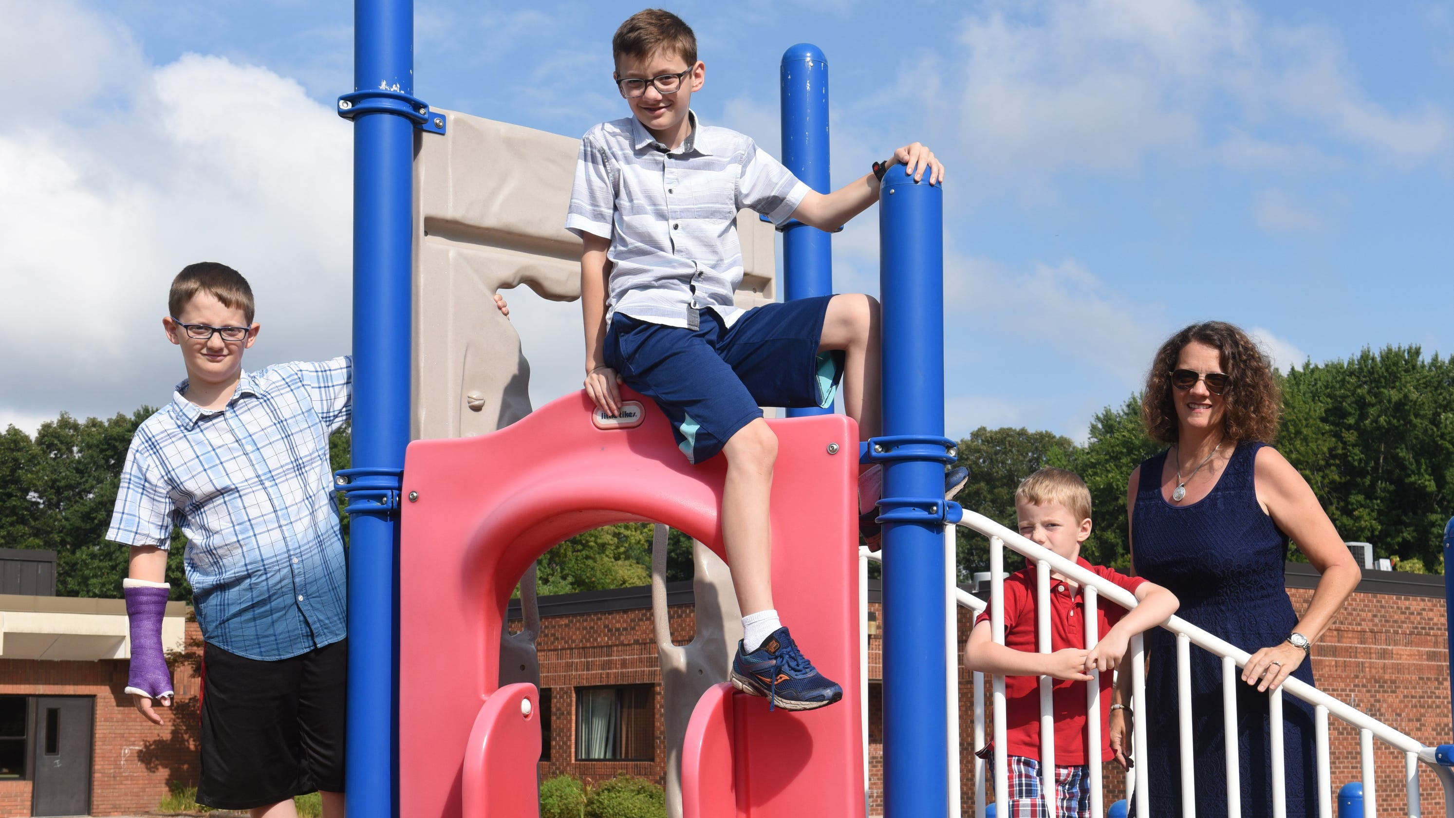 Does More Time On Playground Equal >> Schools Move To Later Start Times To Accommodate Teens Sleep Cycles
