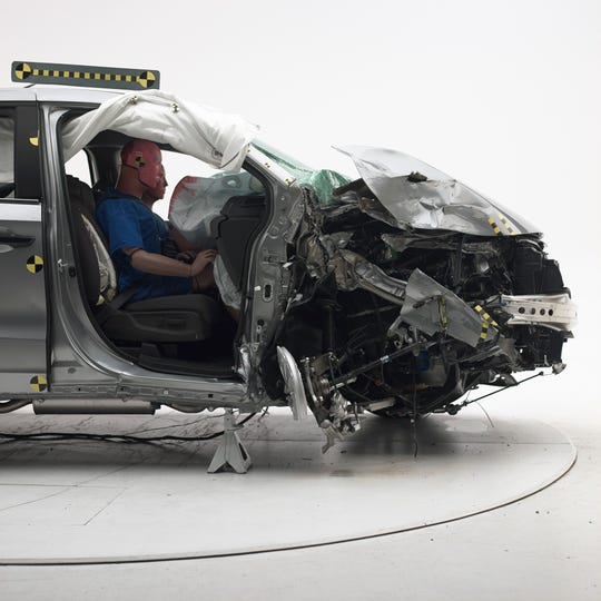 The 2018 Honda Odyssey was rated Good. The dummy's position in relation to the door frame and dashboard after the crash test indicates that the passenger's survival space was maintained reasonably well.