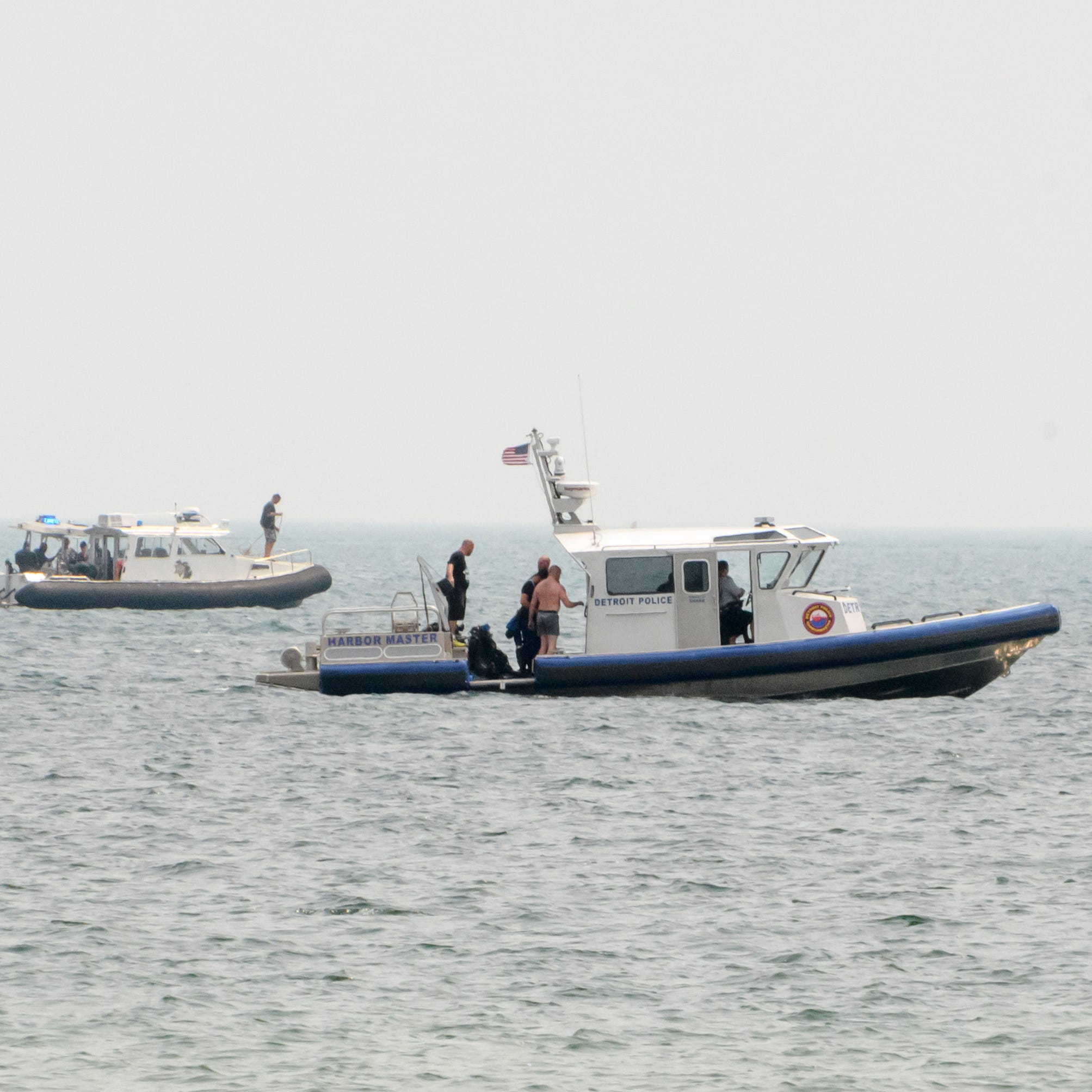 Man's body recovered after boat drifts away on Lake St. Clair