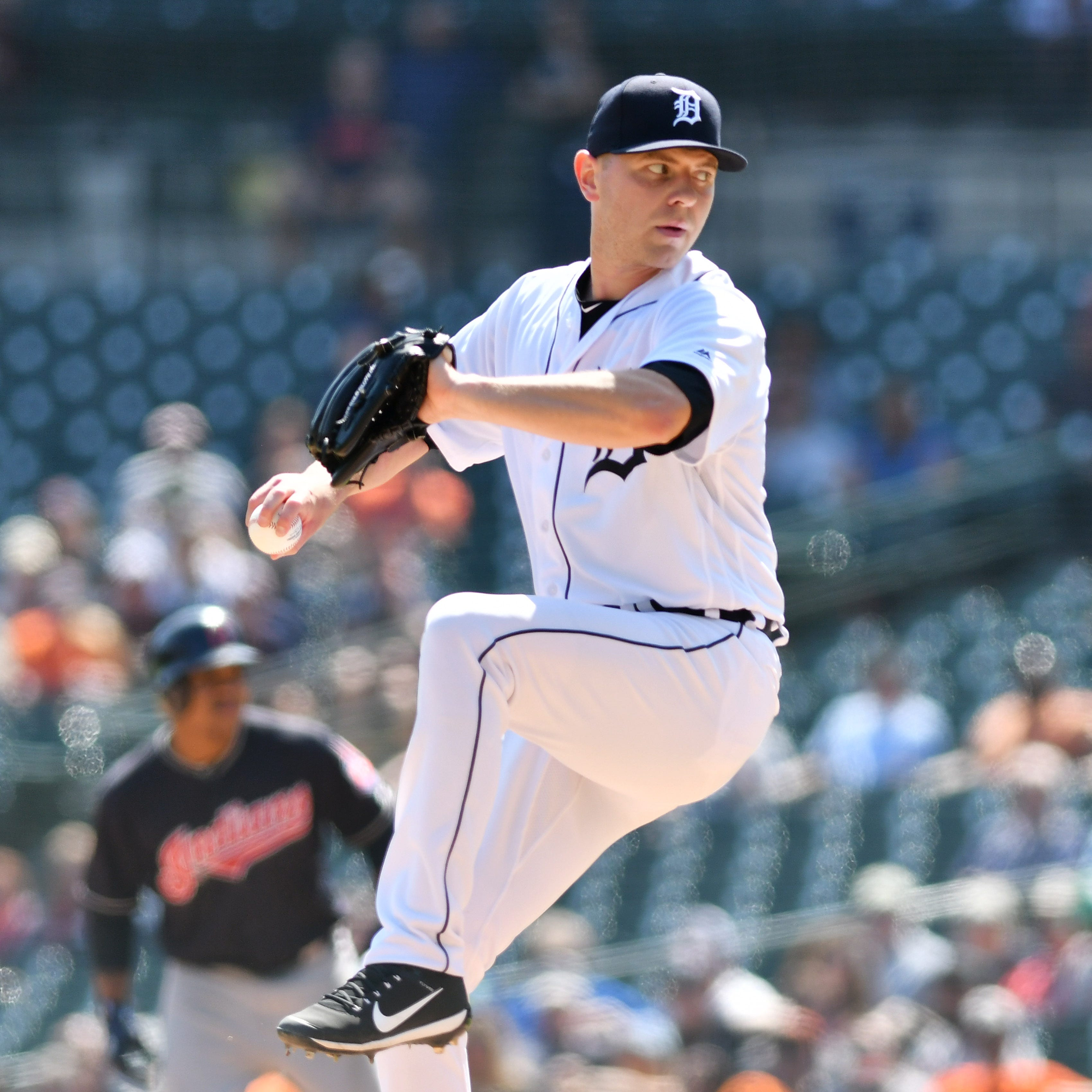 Tigers place Artie Lewicki on disabled list, call up Zac Reininger