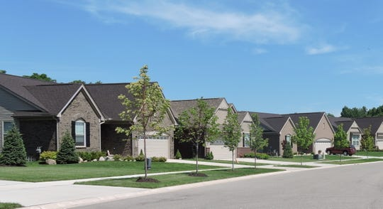 Pinnacle Homes has quick move-in homes available now in convenient locations, in great school districts with easy access to all the activities you enjoy.