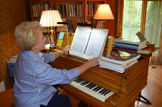 Christine Flasch founded the Southwestern Suburban Symphony in 2014.