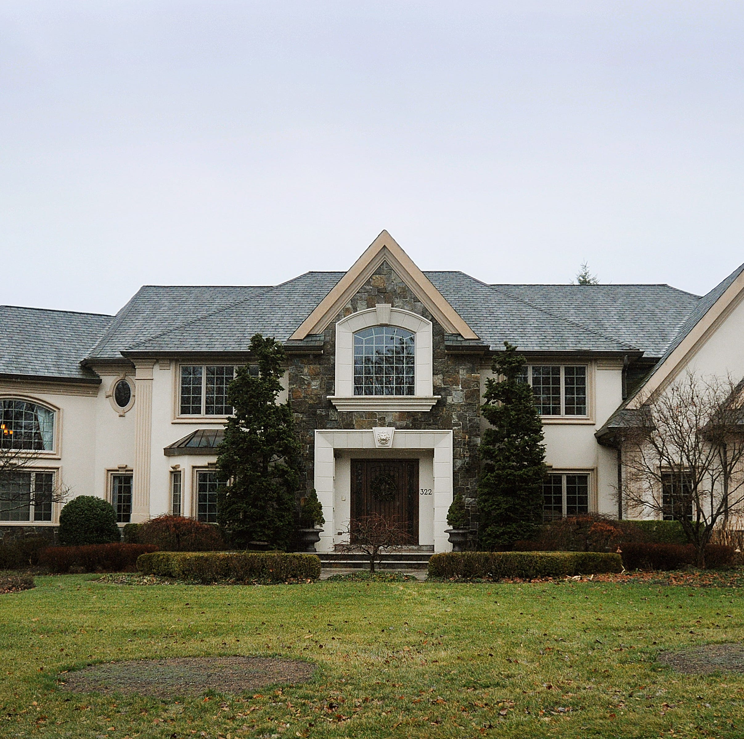 RHONJ's Jacqueline Laurita lists mansion for $1.95 million