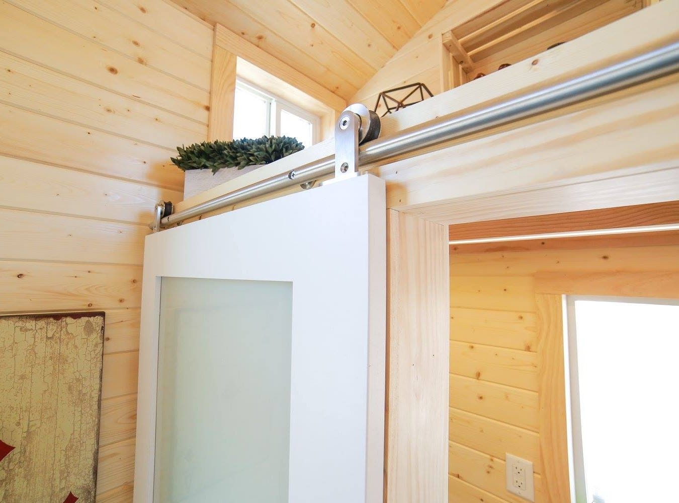 A look at the sliding doors inside a tiny home.