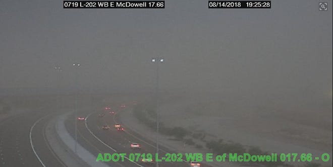 The dust storm was starting to hit the northwest Valley by about 7:30 p.m. on Tuesday, Aug. 14, 2018. This photo was taken on Loop 202.