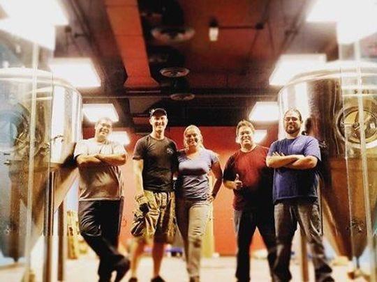 El equipo detrás de la próxima apertura de Desert Monks Brewing Co. en Gilbert.