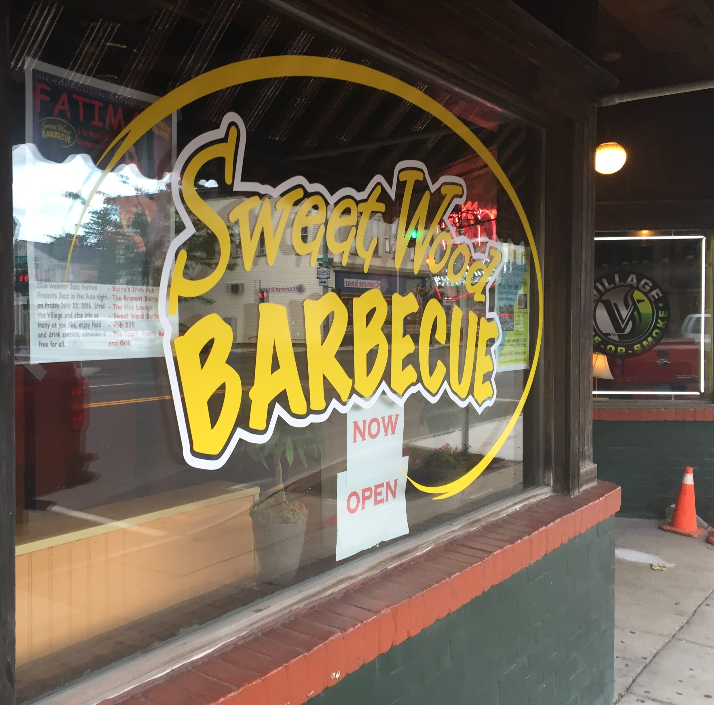 Sweet Wood Barbecue to close in Webster