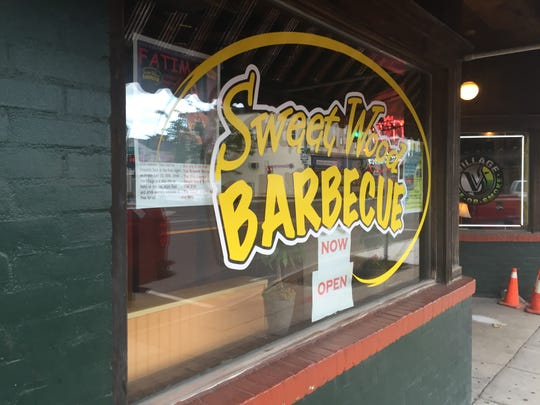 Sweet Wood Barbecue in Webster has announced its closing.