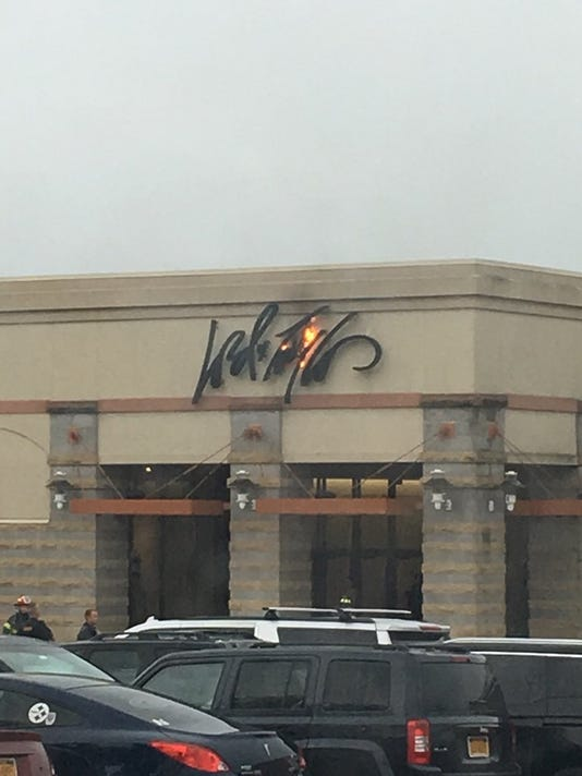 Exterior sign sparks small fire at Eastview Mall