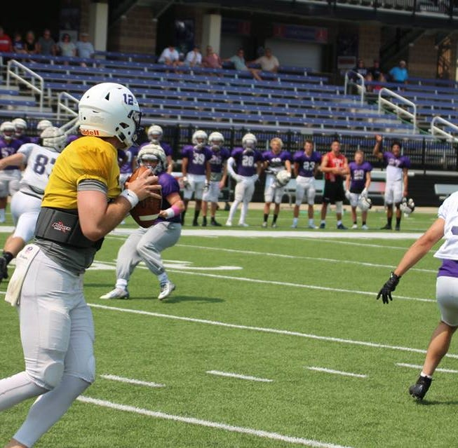 USF quarterback competition a three-man race with two weeks to go