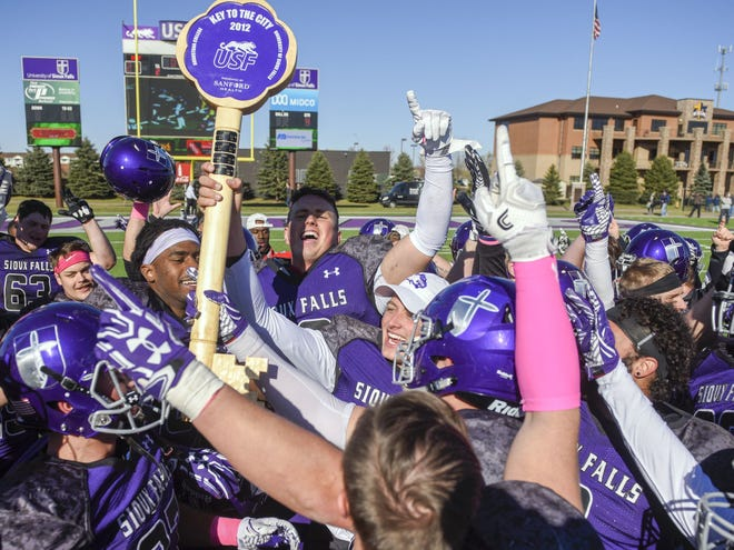 USF kept the Key to the City trophy last year with a win over Augustana at Bob Young Field