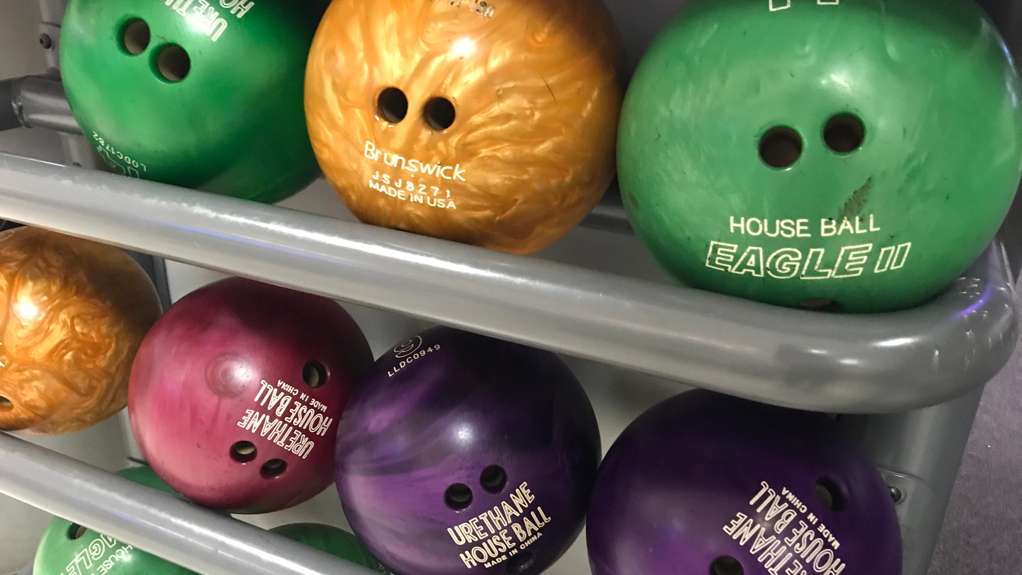 These deals are right up your (bowling) alley   Laurie's Stories