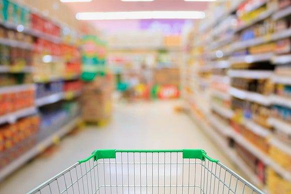 Many retailers and tech companies have tried, and failed, to make grocery shopping less dire. San Francisco-based Instacart will launch its grocery delivery service in Central Delaware on Thursday.