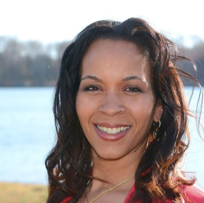 Donyale Hall is a Republican running for the Senate, District 17.