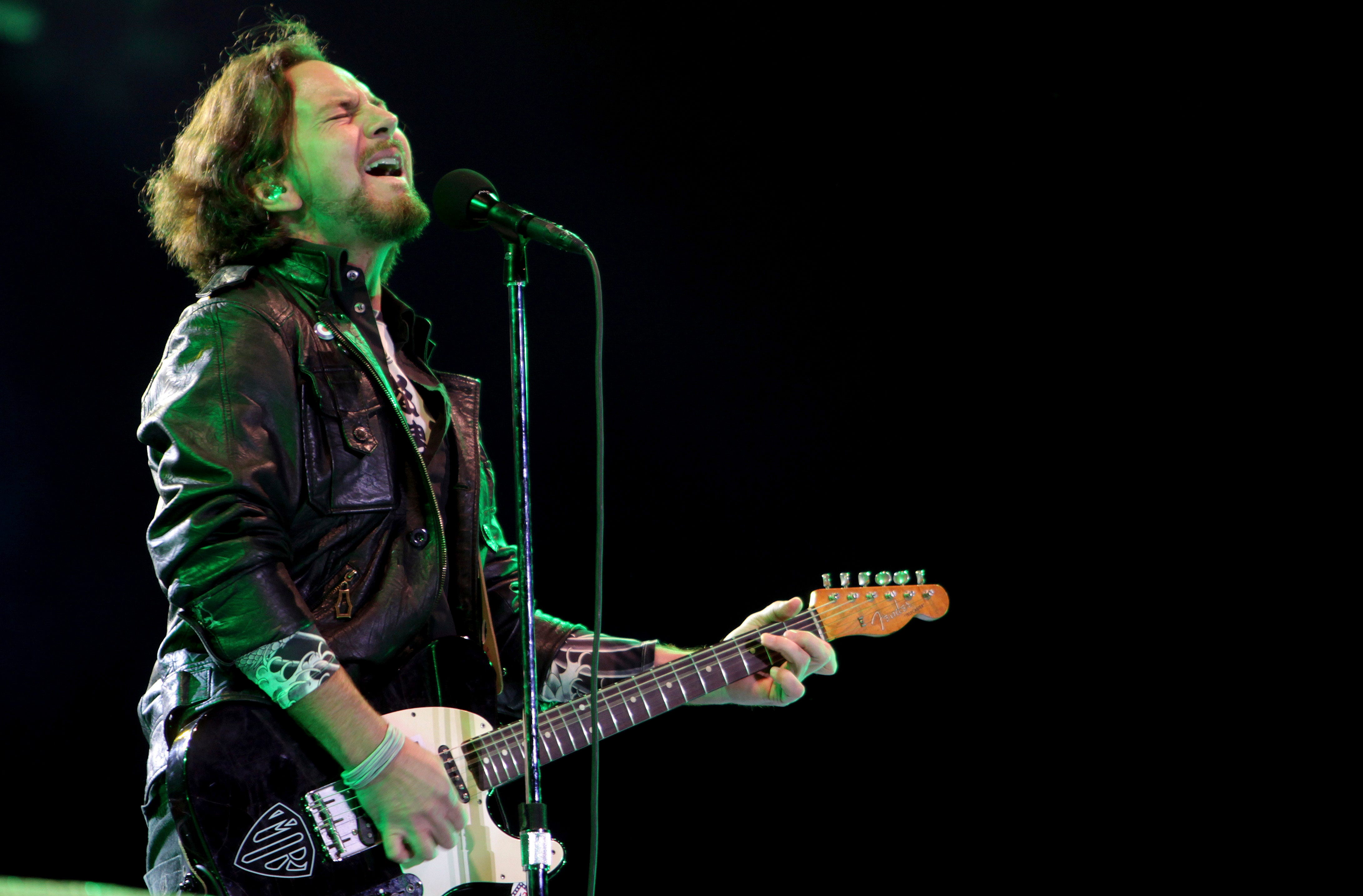Pearl Jam skewered by Republicans over poster of burning White House