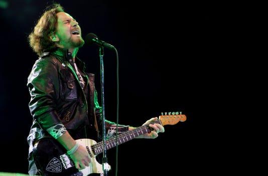 Ap Trump Pearl Jam A Fie Ent Bra