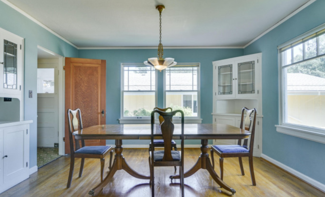 The dining room in \