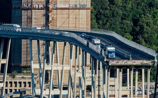 Ap Italy Highway Collapse I Ita