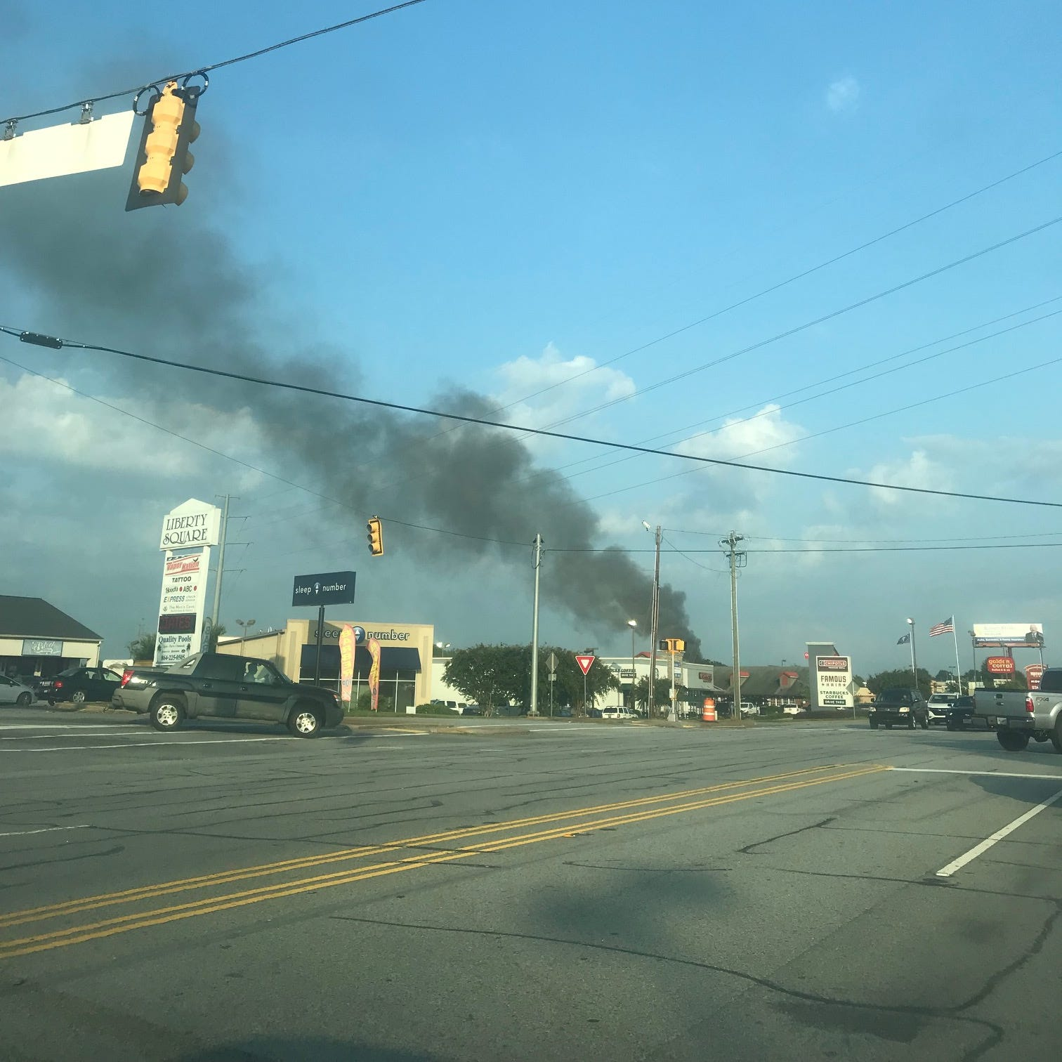 Fire burns building at Hartwell Cove apartment complex in Anderson