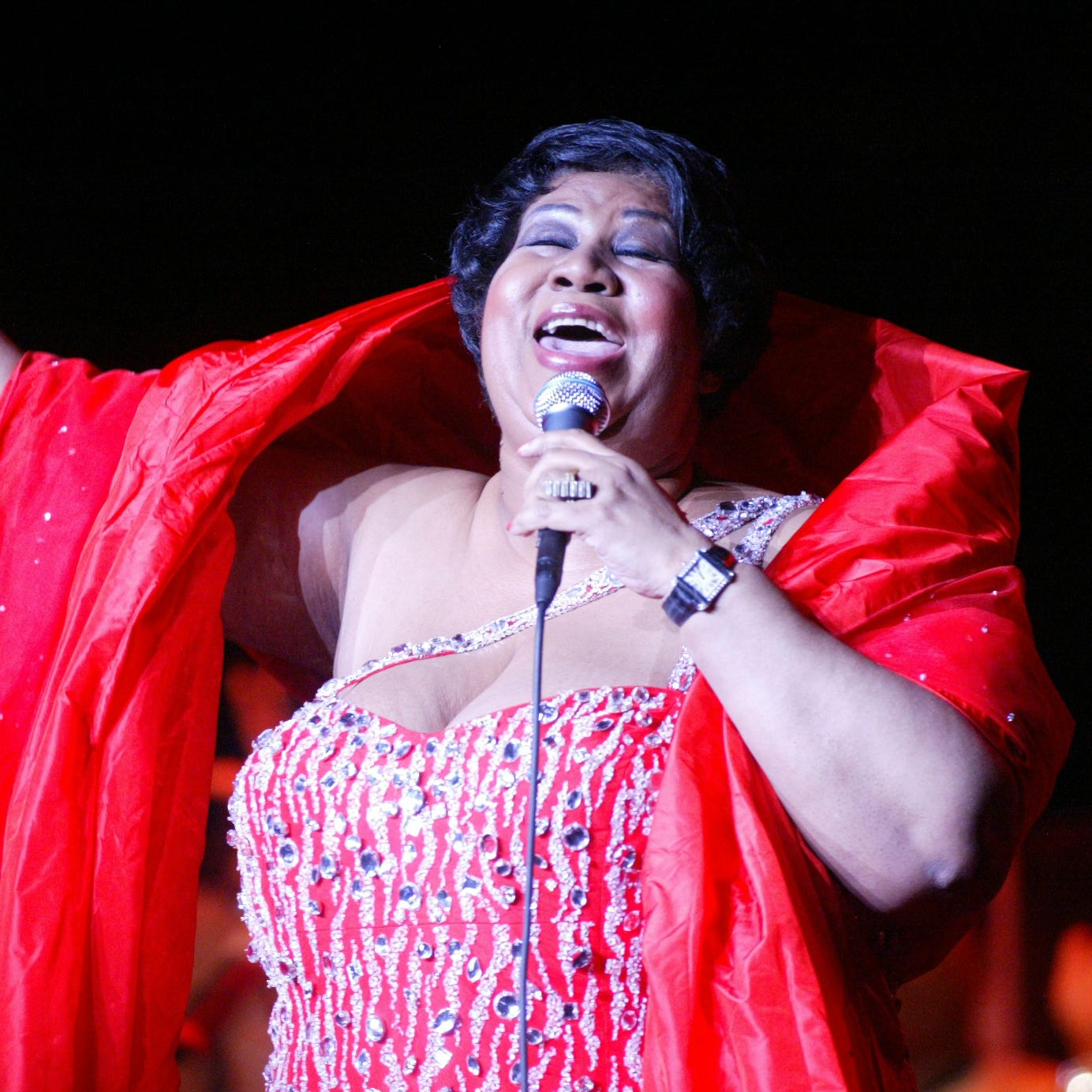 Twitter eulogizes Aretha Franklin's top shade-dropping moments