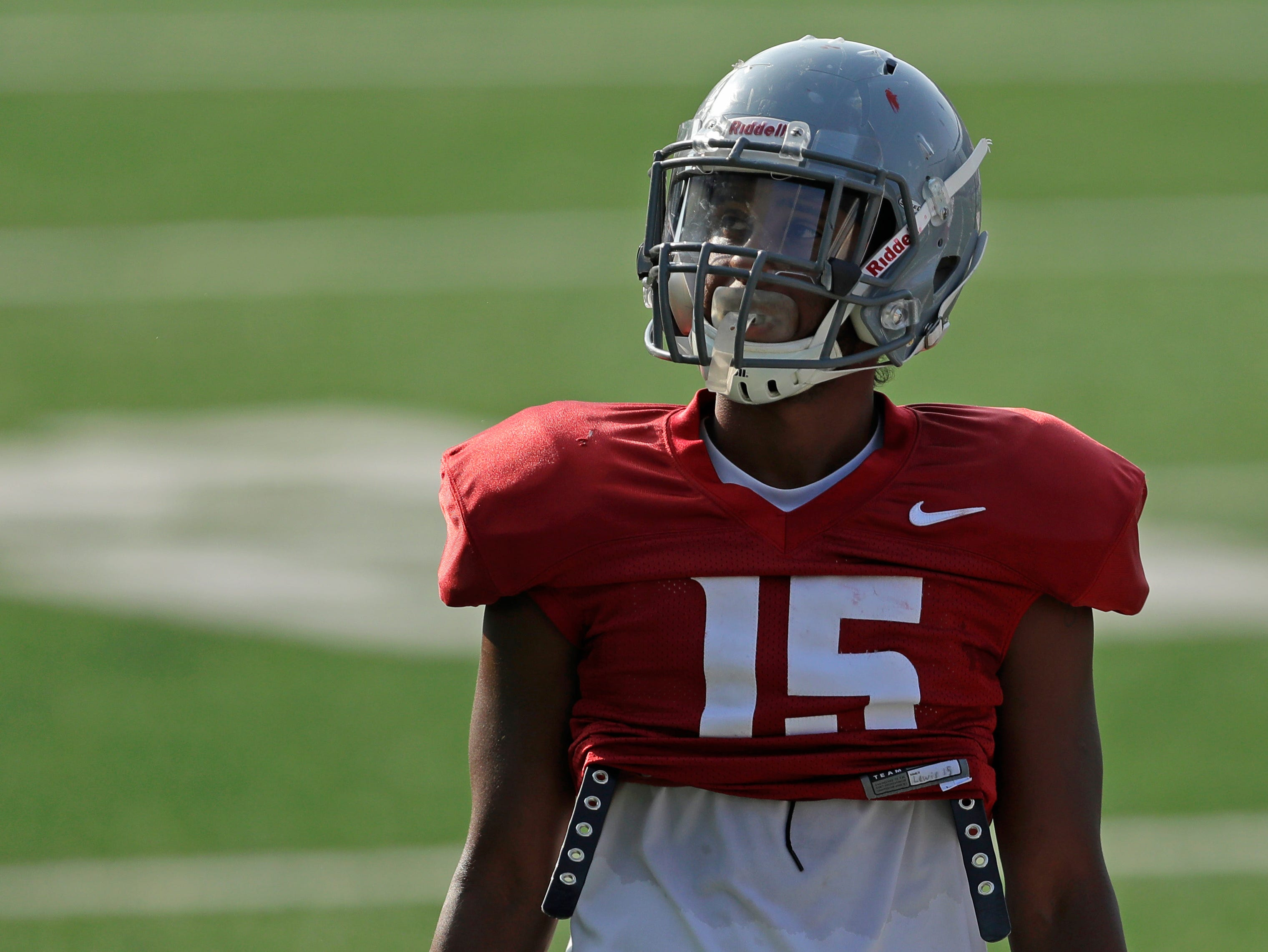 Robert Lewis is a key member of Washington State's deep receiver corps.