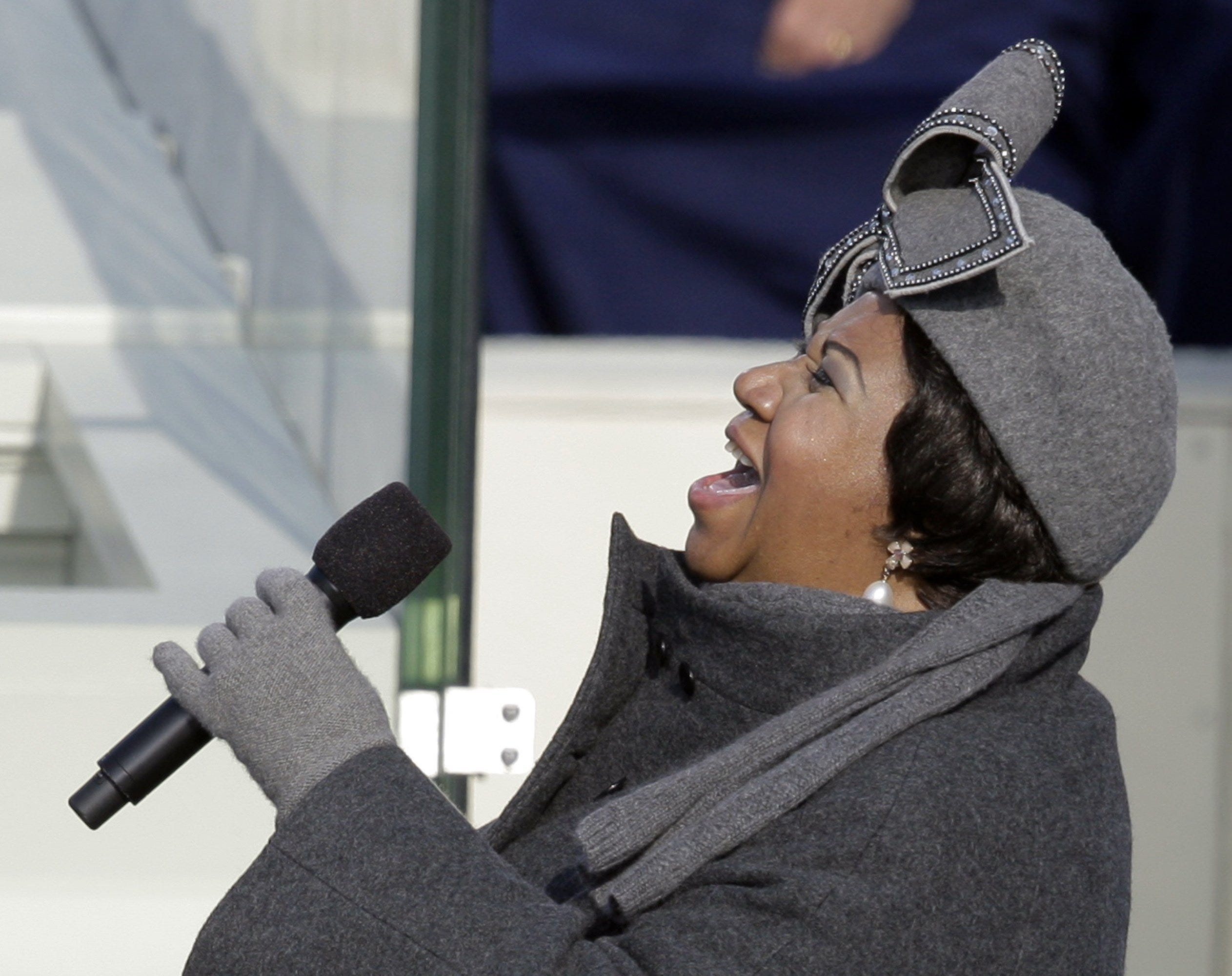 When Aretha Franklin liked a hat, she did this, shop owner recalls