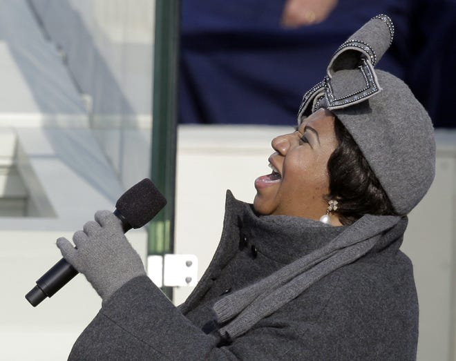 Aretha Franklin performs during the inauguration ceremony at the U.S. Capitol in Washington, Tuesday, Jan. 20, 2009.